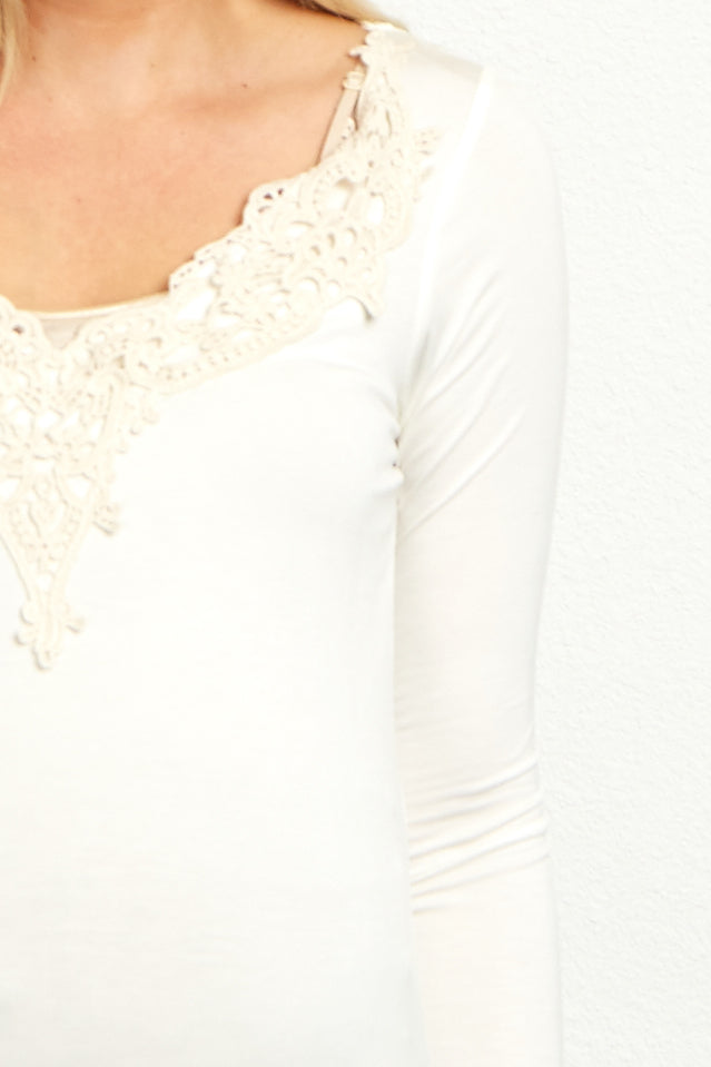 White Crochet Neckline Fitted Maternity Tunic