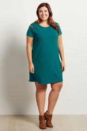 Green Solid Cutout Shoulder Plus Size Dress
