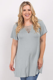 Sage Crisscross Knot Front Plus Maternity Top