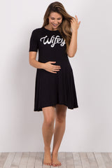 Black Wifey Graphic Maternity Sleep Dress