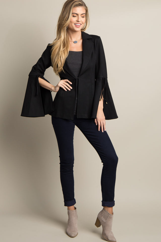 Black Solid Bell Sleeve Blazer