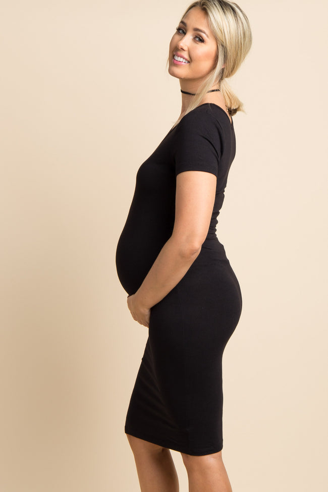 Black Solid Short Sleeve Fitted Maternity Dress