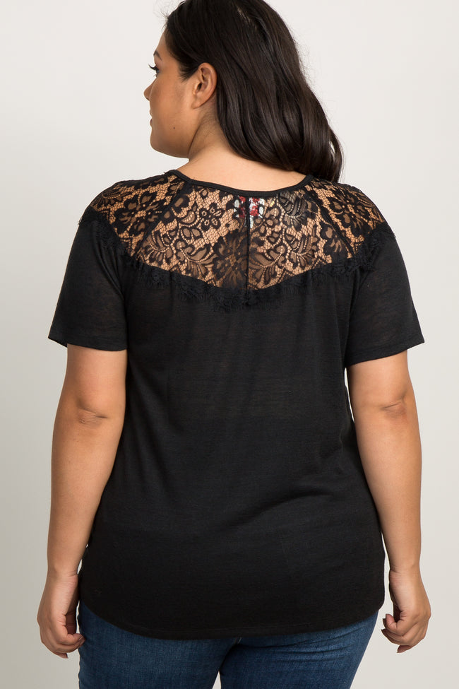 Black Solid Lace Accent Short Sleeved Maternity Plus Top