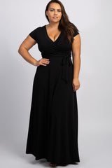 Black Solid Short Sleeve Plus Nursing Wrap Maxi Dress