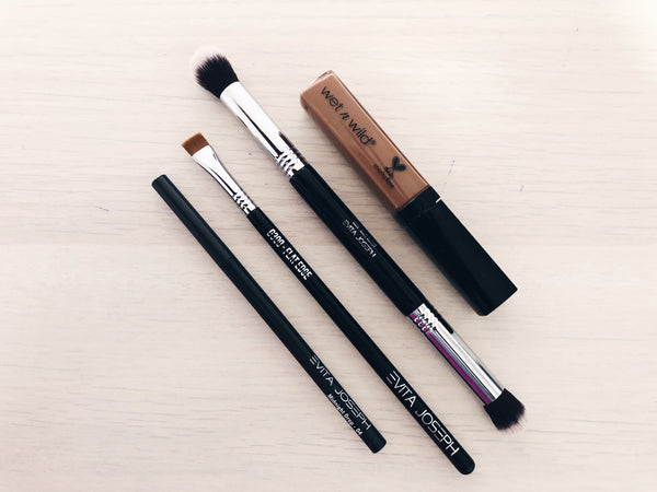 The Top Eyebrow Brush For Concealing