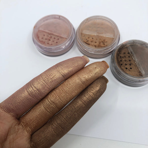 This African Beauty Brand Makes Highlighters Which Are Great For Women of Color