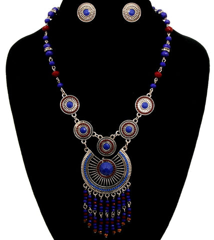 Powerful Necklace Set