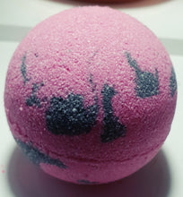 Black Panther Bath Bomb - Bath Bomb & Beauty