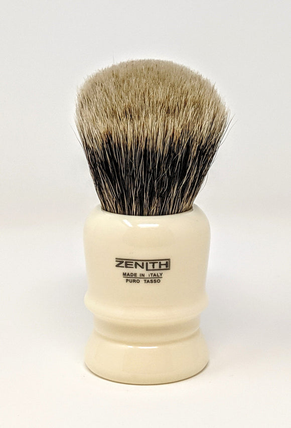 The Big One - Zenith Resin Manchurian Brush With 31mm x 57mm Made In Italy M27