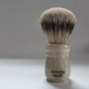 "Zenith Faux ""Horn"" Resin Silvertip Badger Shaving Brush 24.5x51mm. P3"