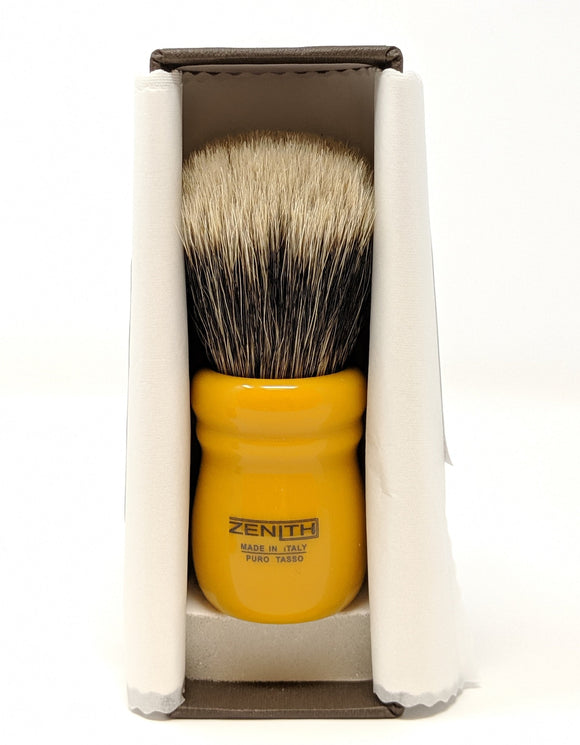 Butterscotch Chubby - Large Knot Manchurian Brush by Zenith Made In Italy M26