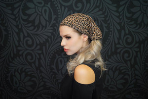 Rue - Wide Sports Wrap / Face Scarf  (Brown Leopard)