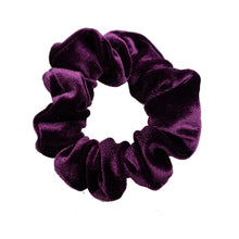 Luxe Velvet Scrunchie (Grape)