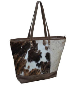 COWHIDE U-SHAPE HANDBAG - decorstore