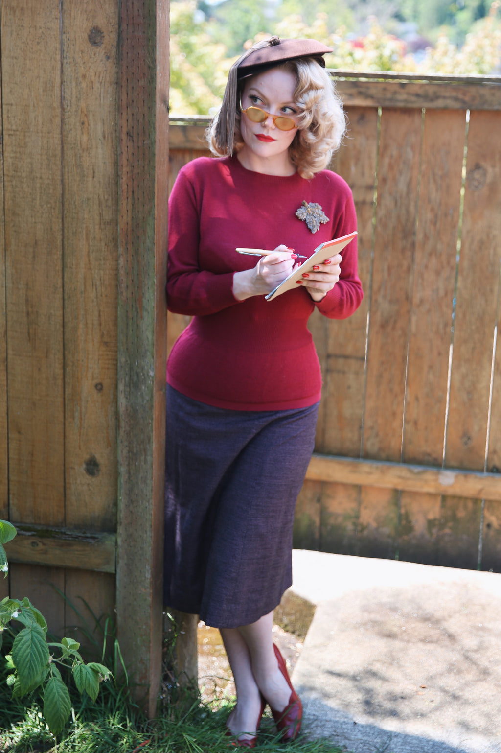 Vibrant 1940s Cranberry Sweater with Nipped Waist