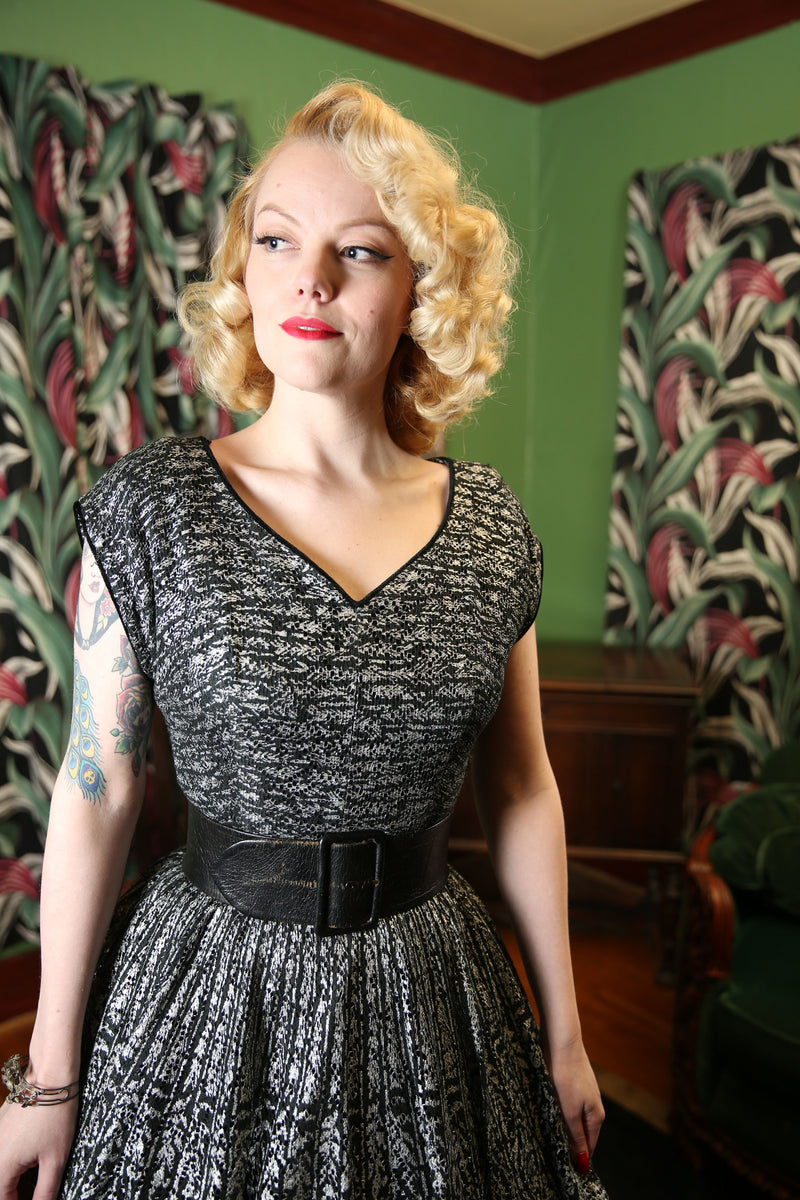 Bombshell 1950s Silver and Black Heavy Lace Circle Skirt Summer Party Dress