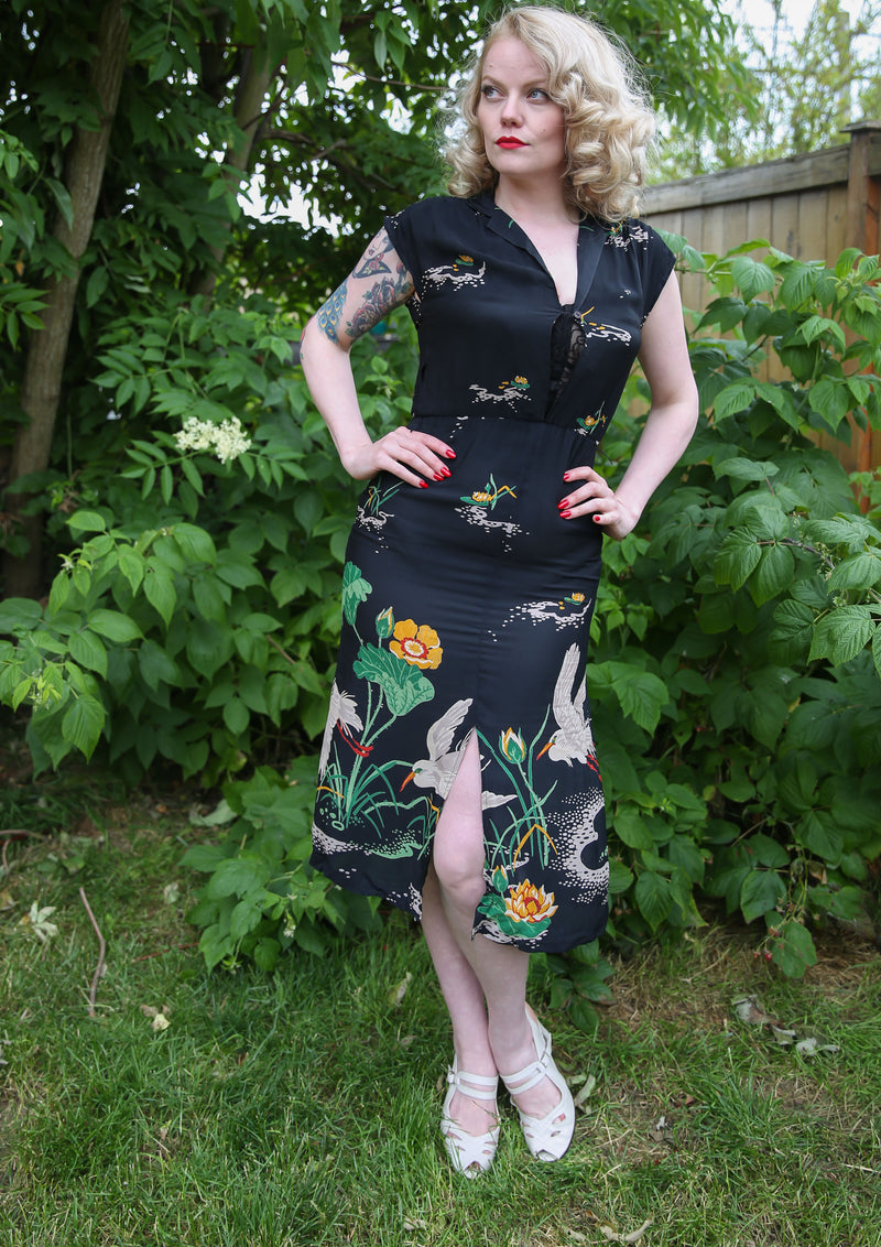 Gorgeous 1970s does 40s Crane Print Dess in Black with Border Print