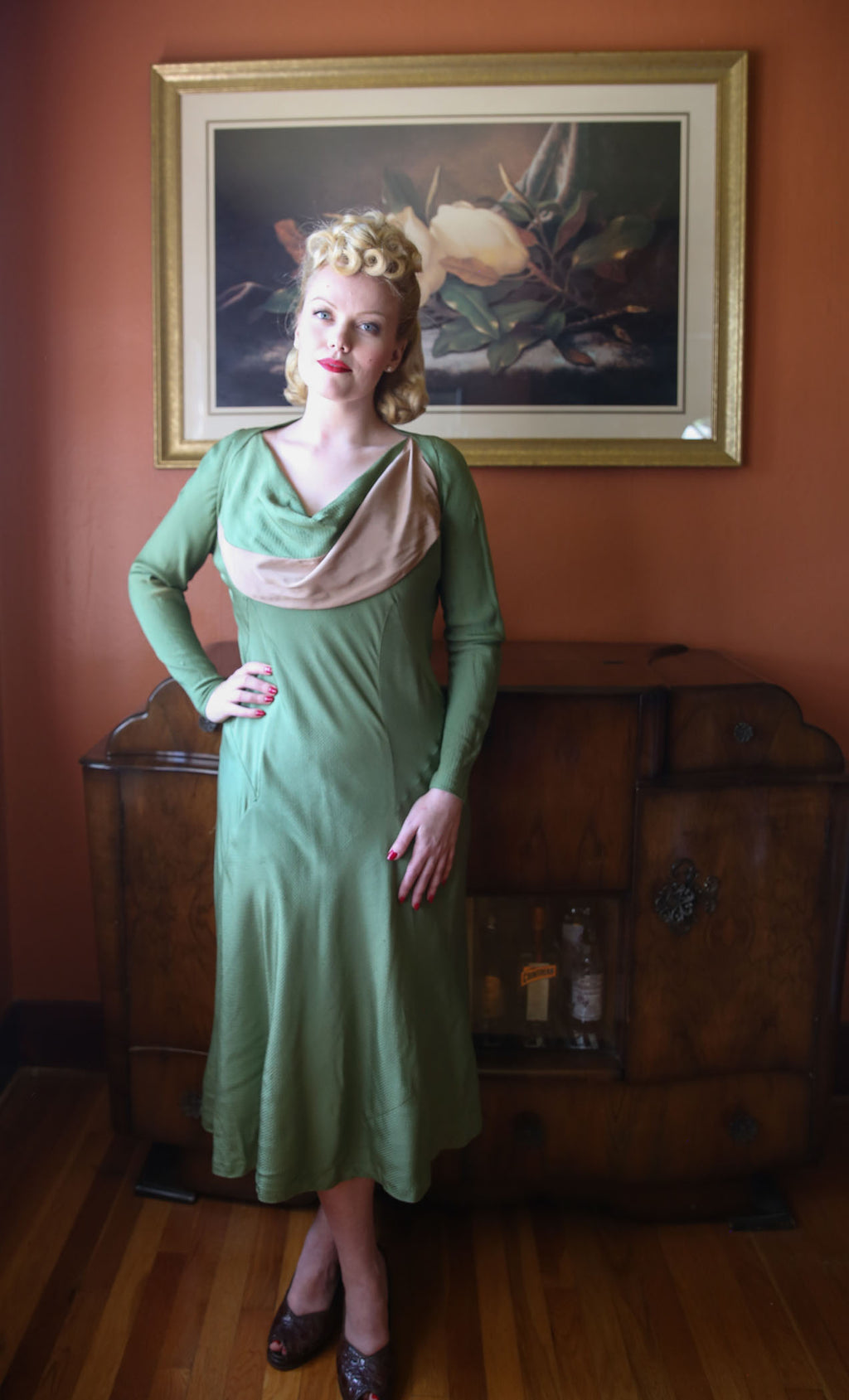 Gleaming 1930s Celery Green Silk Dress with Sweeping Shawl Collar