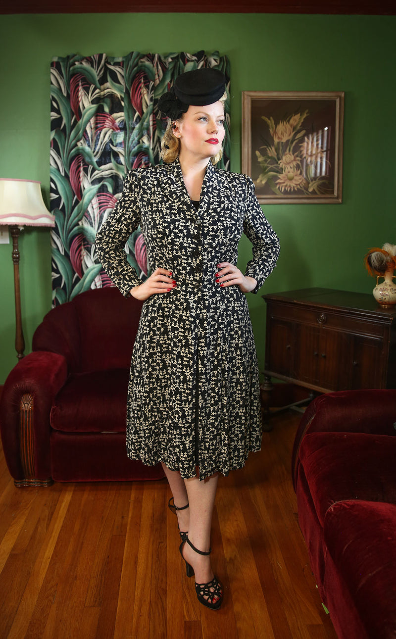 Smart 1940s Redingote Overdress in Black with Ivory Novelty Print