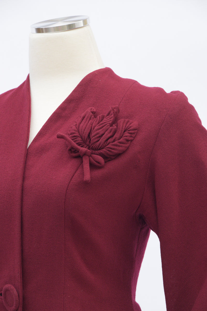 Smart 1940s Bold Burgundy Wool Jacket with Three Dimension Pleated Leaf Pocket