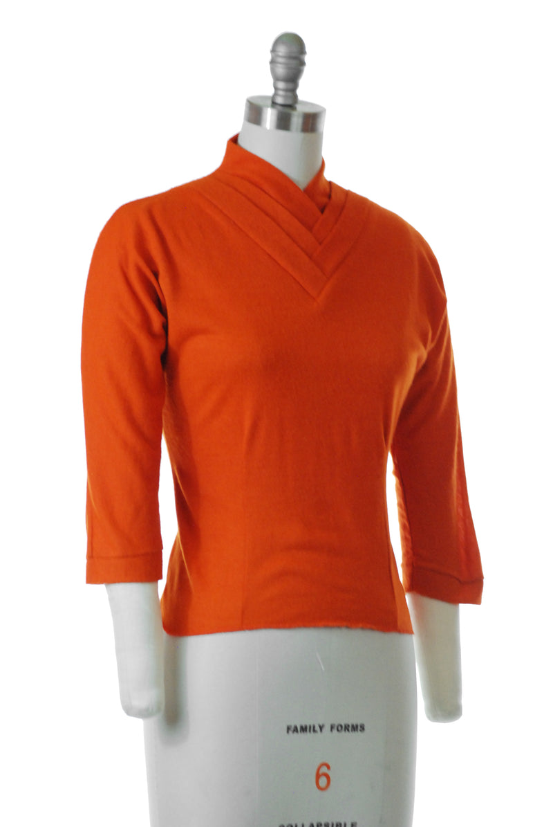 Cute Late 1950s Wool and Acrylic Knit Lightweight Knit Top