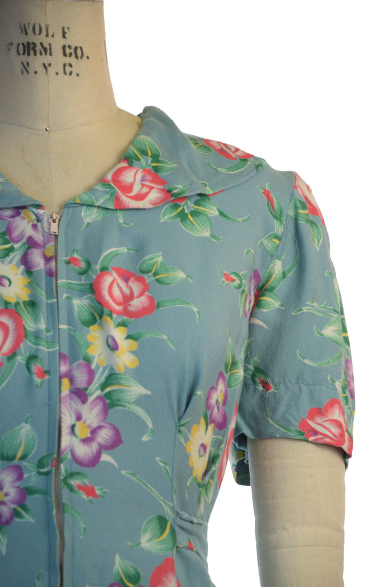 Gorgeous 1940s Cotton and Rayon Blend Floral Zip Front Dressing Gown