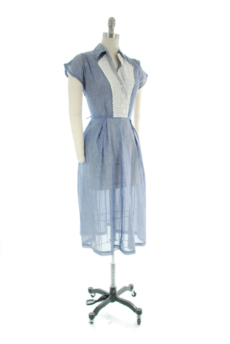 1950s Sheer Summery Cotton Day Dress in Chambray Blue with White Lace Kay Whitney by Reliance
