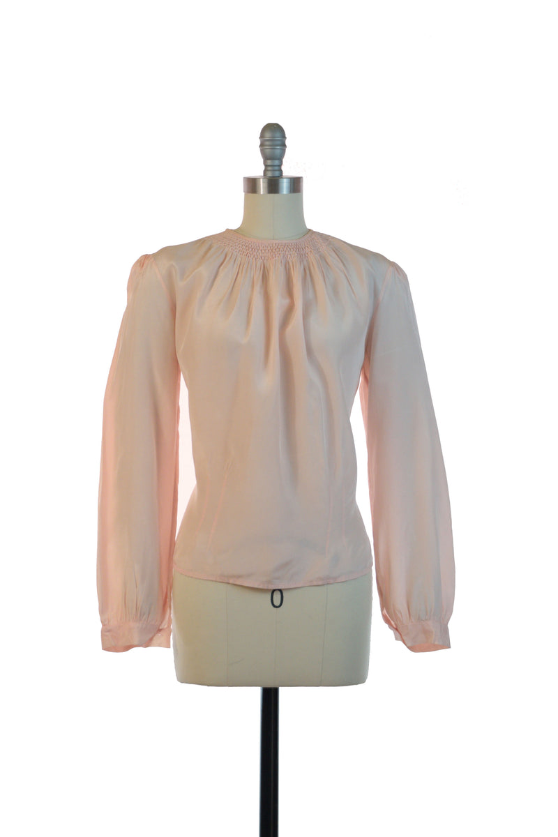 Lovely 1940s Blouse in Pale Pink with Smocked Neckline and Full Sleeves.