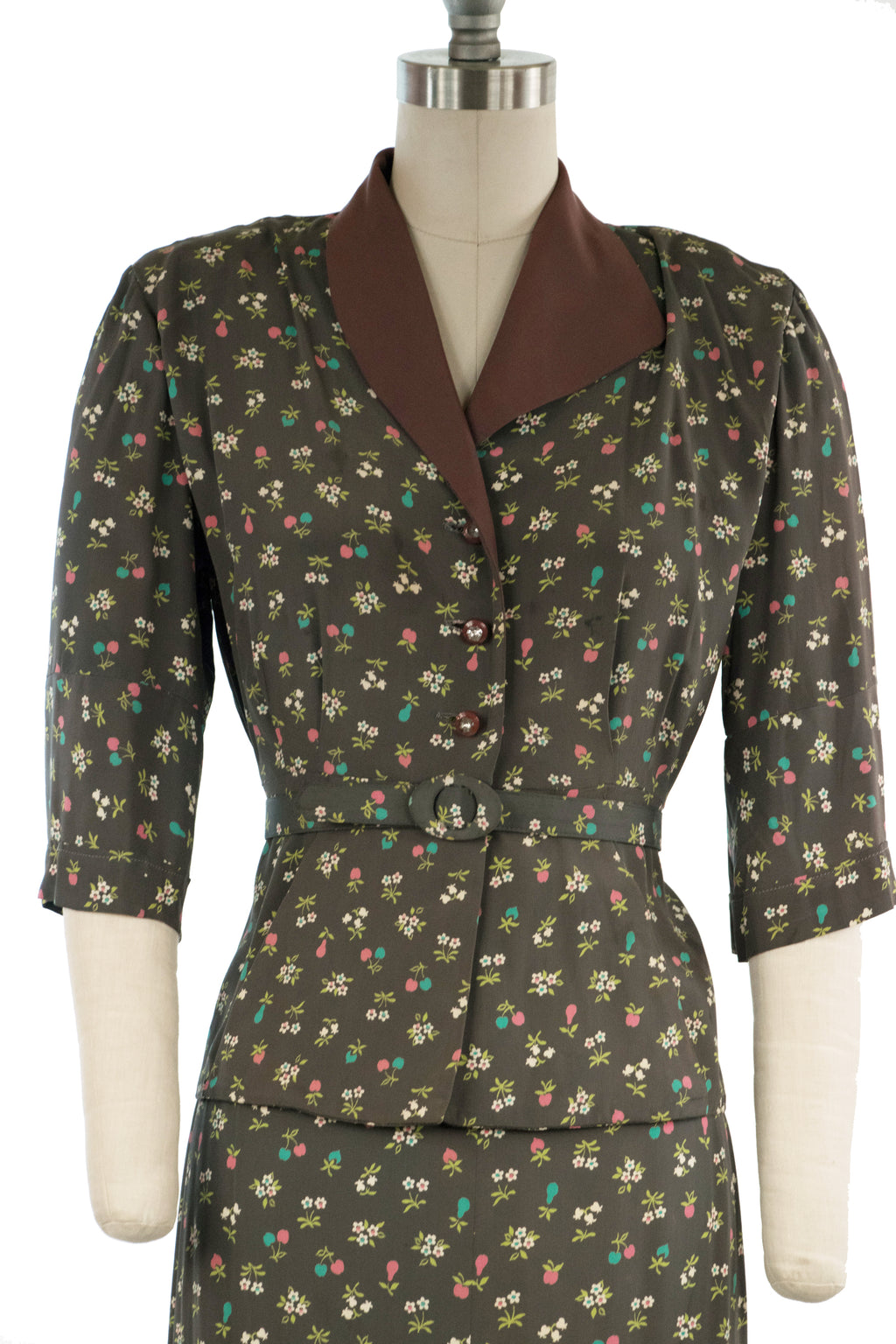 Charming 1950s Novelty Fruit Print Rayon Dress Set of Jacket and Skirt