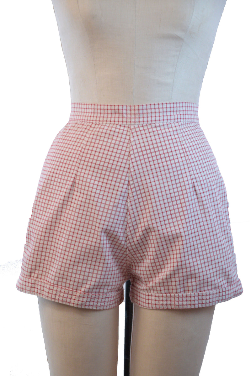 Crisp 1950s Vintage Summer Shorts in Red on White Check with Short Inseam