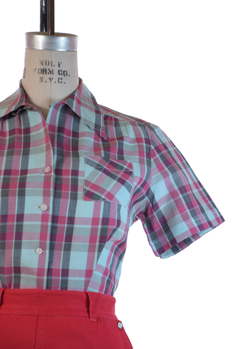 Charming 1940s Crisply Pressed Cotton Plaid Short Sleeve Blouse by Palmdayl