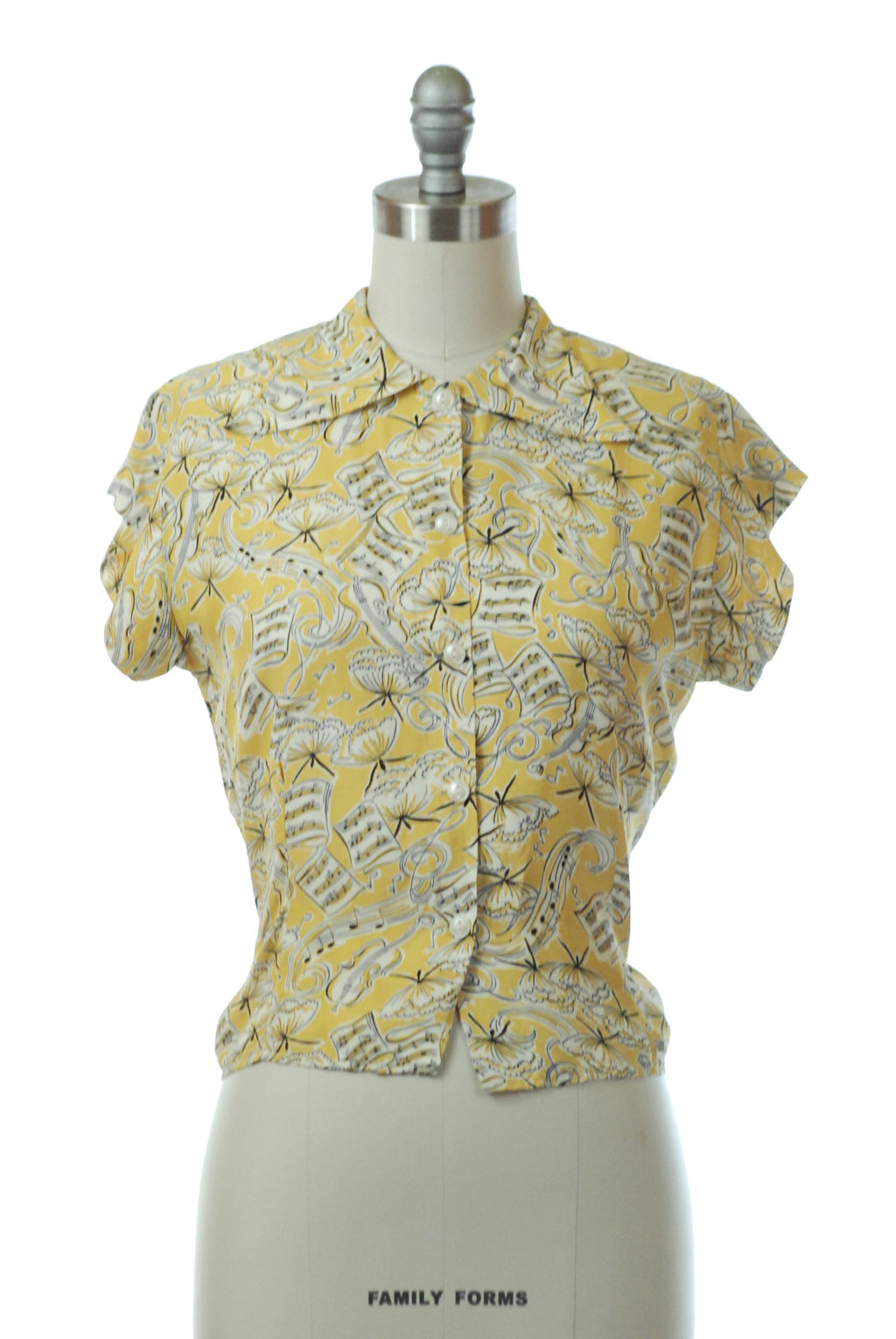 Charming late 1940s Novelty Print Blouse with Music and Ballet Dancers