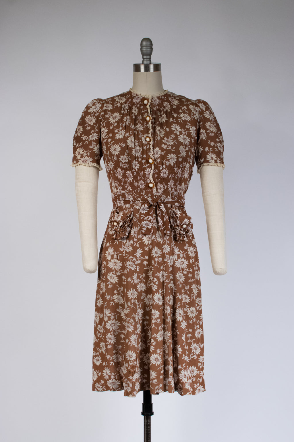 Charming As-Is 1930s Puff Sleeve Dress with Brown and White Daisy Print