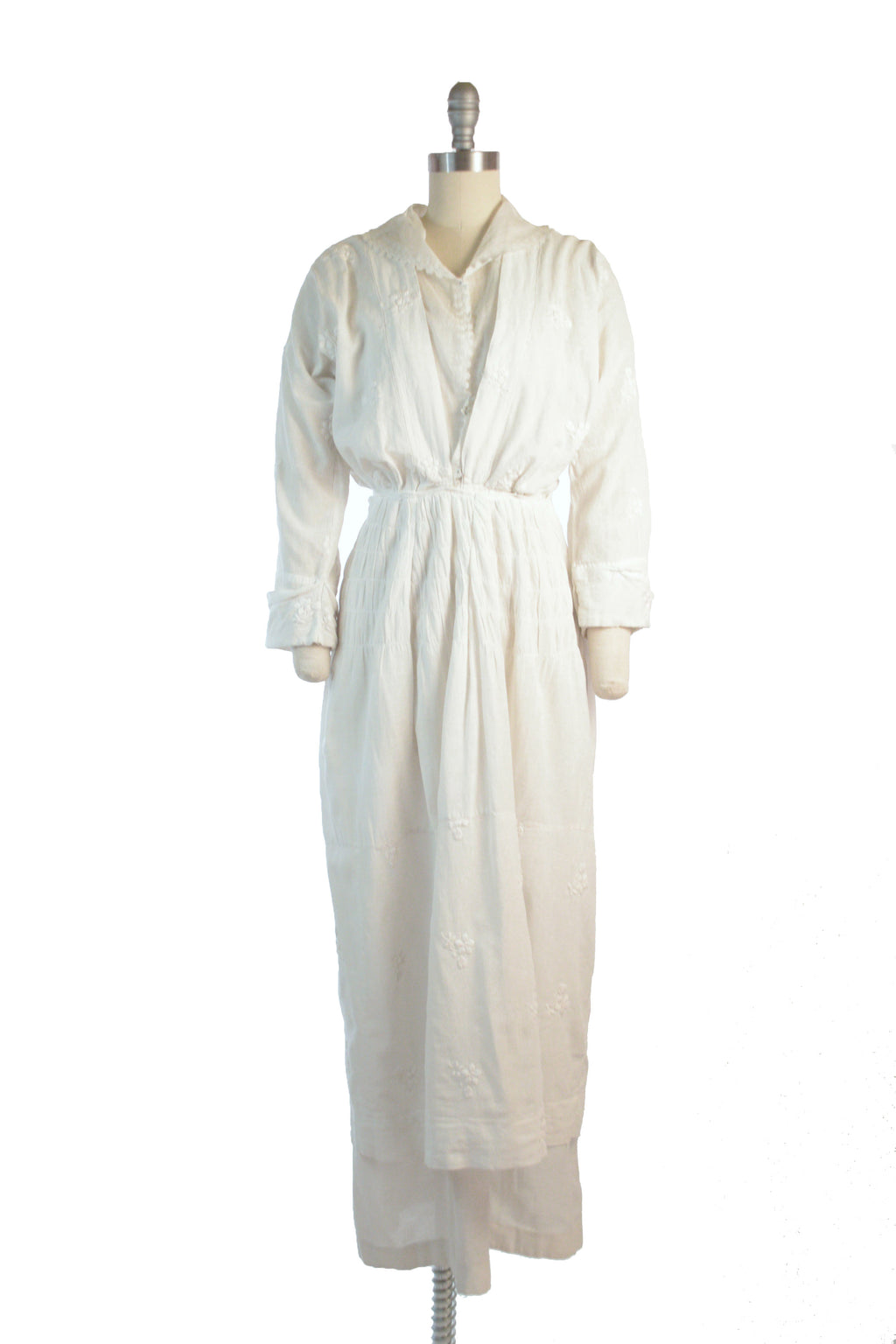 Strong and Wearable 1910s Dress of Embroidered White Muslin with Built in Blouse of Lingerie Cotton