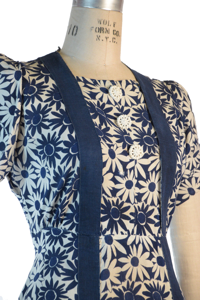 1930s Homemade Day Day Dress in Cotton-Linen with Navy and White Daisy Print As-Is