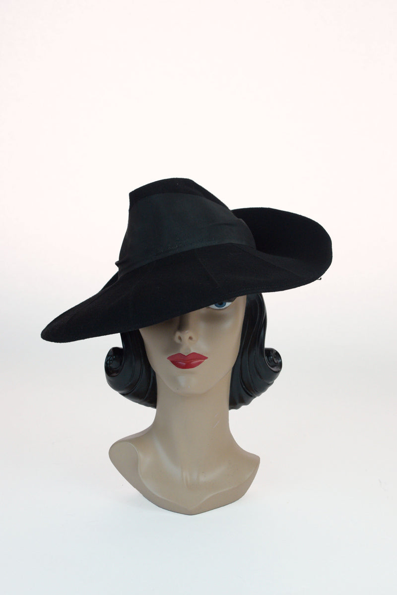 Rare 1930s Gorgeous Wide Brimmed Fedora with Radiant Top Stitching, a New York Creation
