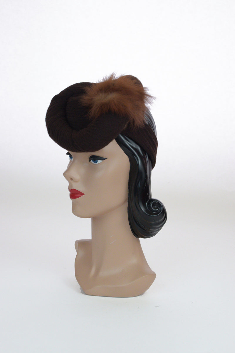 Adorable 1940s Wrapped Wool Jersey Tilt Hat with Fur Trim