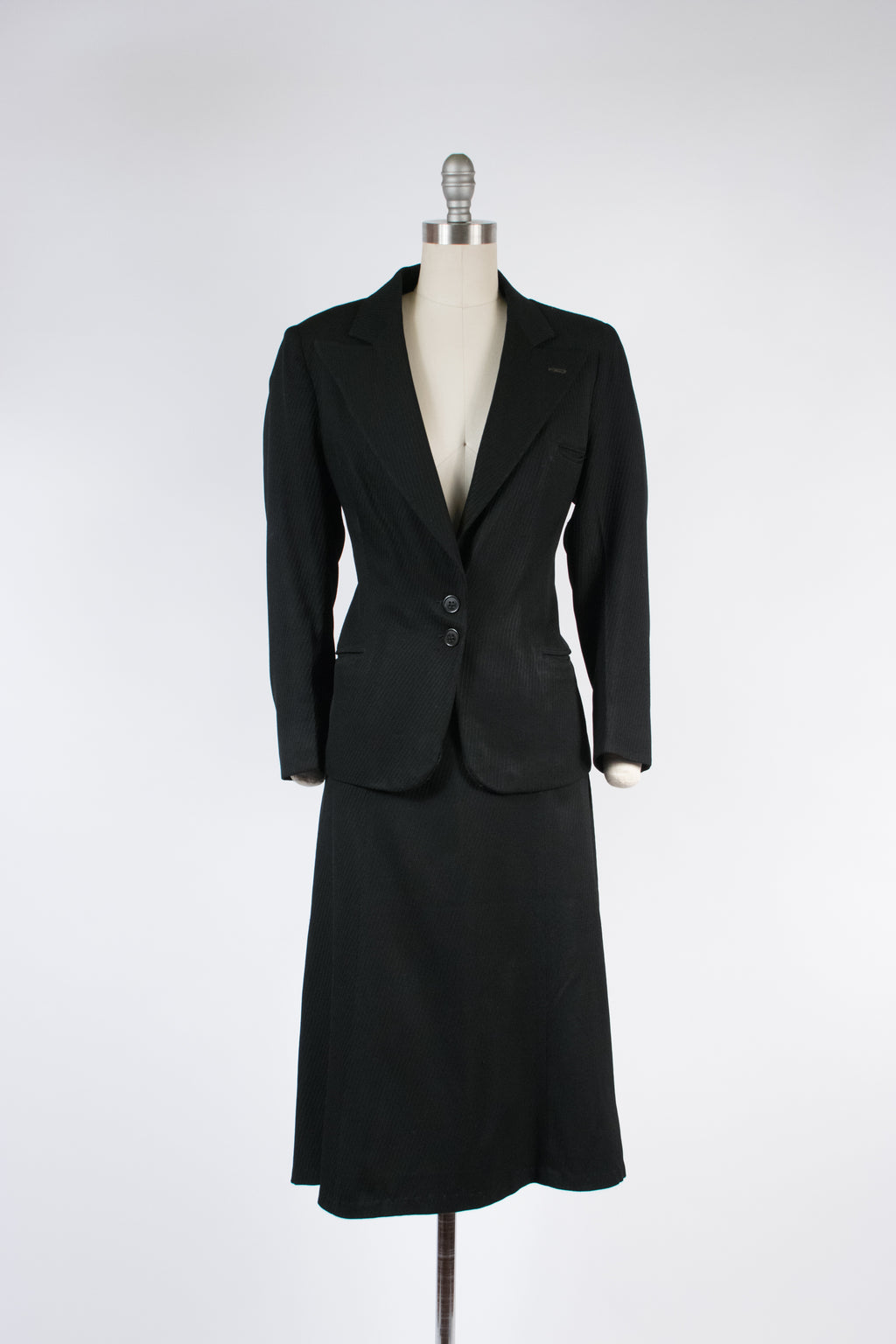 Smart 1940s Volup Suit with Low Gorge Made in a Bias Cut Lustrous Ribbed Rayon