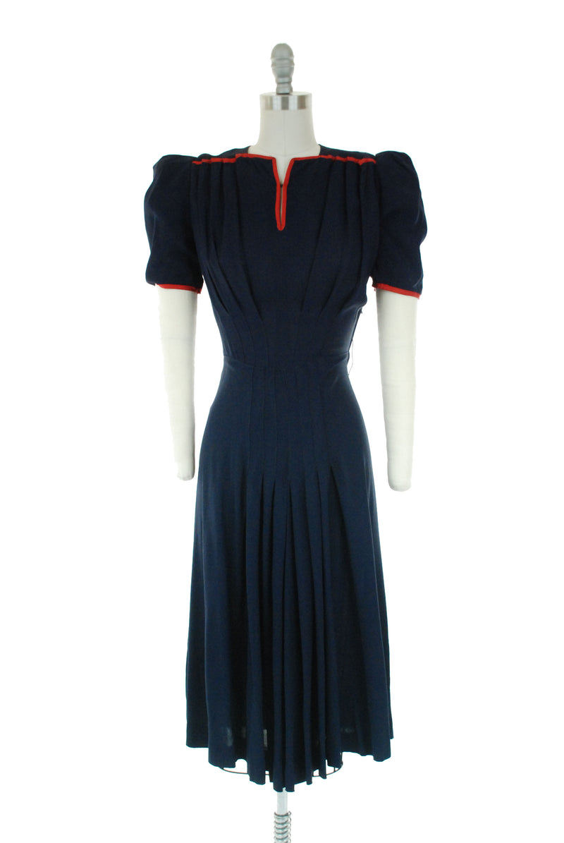 Vintage 1940s Dress -  Fuchsia Wool 40s Day Dress with Heavy Collar and Exposed Pleats, Vogue Couturier Design
