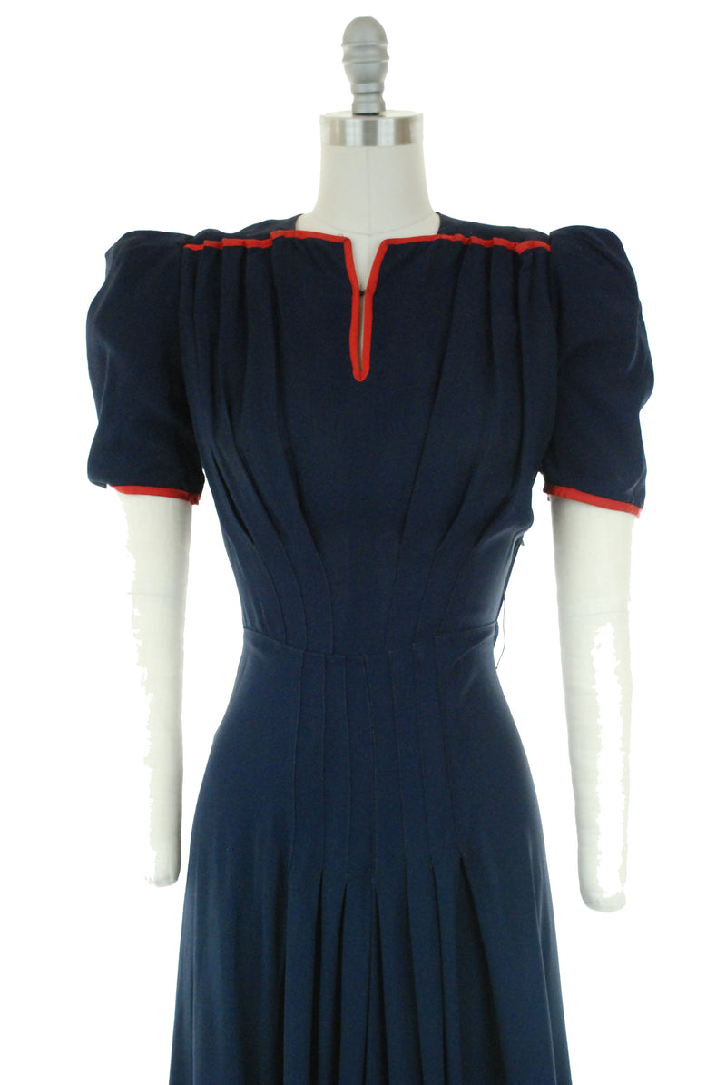 Ideal Late 1930s/Early 1940s Puffed Sleeve Day Dress in Navy with Red Trim