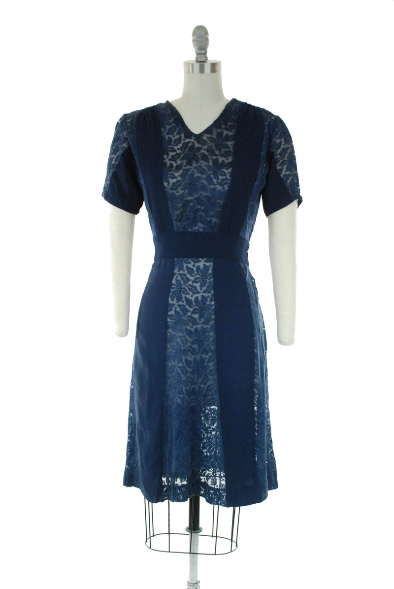 Charming Late 1930s Dress in Naby Blue Rayon Crepe and Sheer Floral Lace Gores