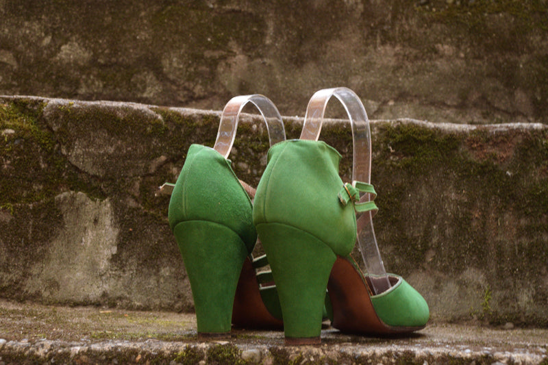 Stunning 1940s Perfect Peep-Toe High Heels with Decorative Ankle Strap in Billiard Green Shoe Size 6.5 US