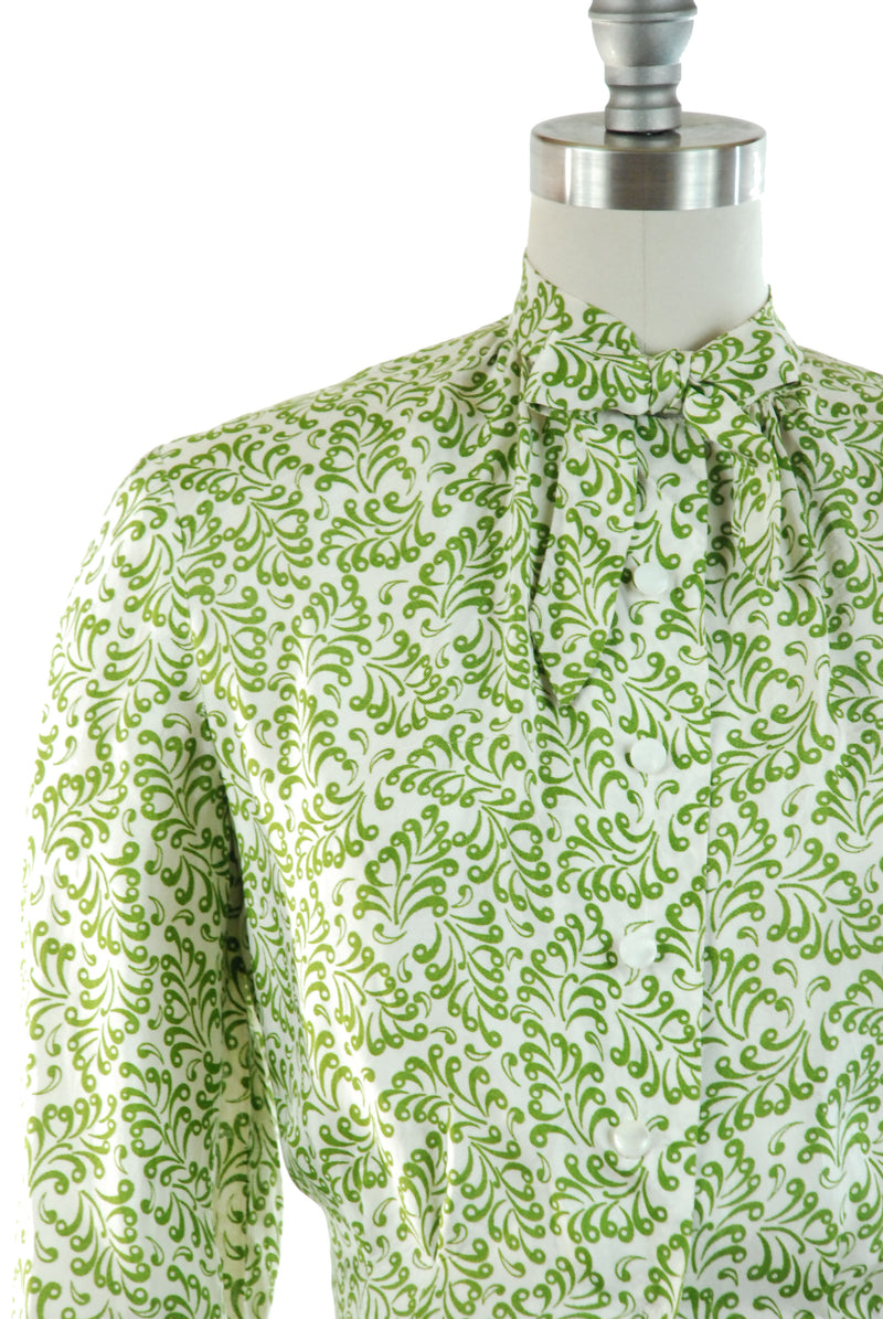 Unusual 1940s Celanese Blouse with Swirly Paisley-Feather Like Print