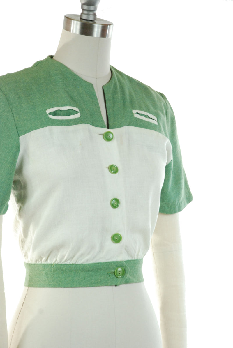 Sporty 1940s Colorblock Blouse in Green and White Two Tone Linen - Summer 2019 Lookbook