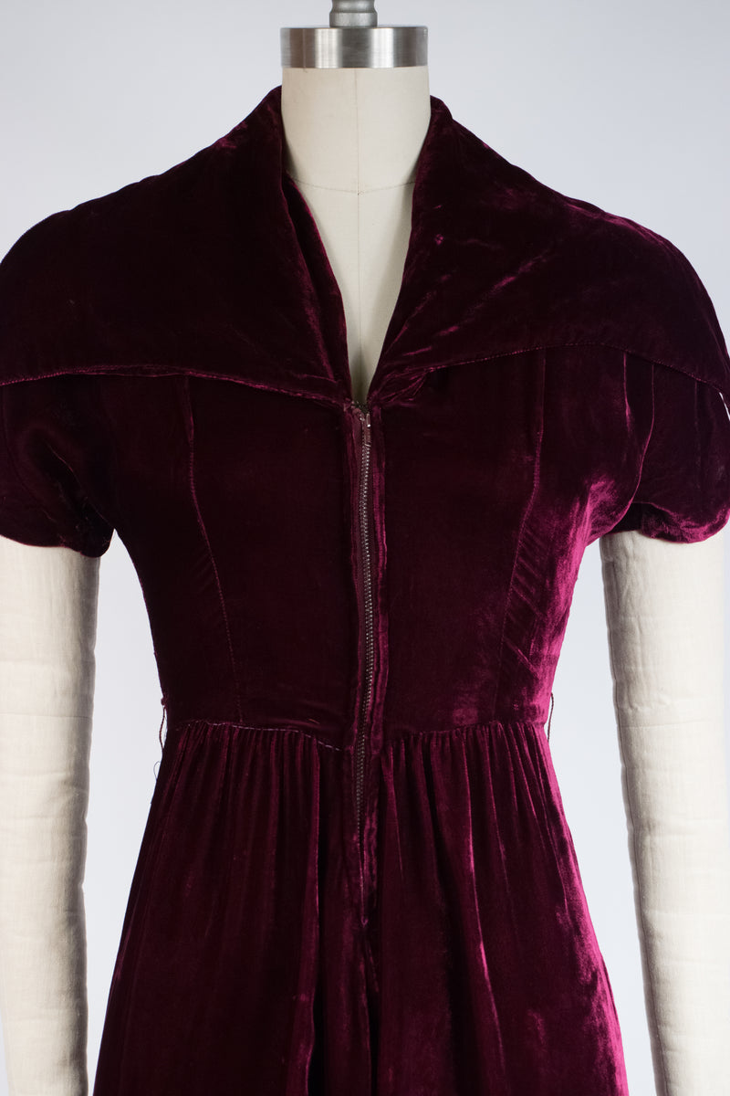 Luxurious Altered 1940s Dressing Gown Dress in Plum Purple Velvet