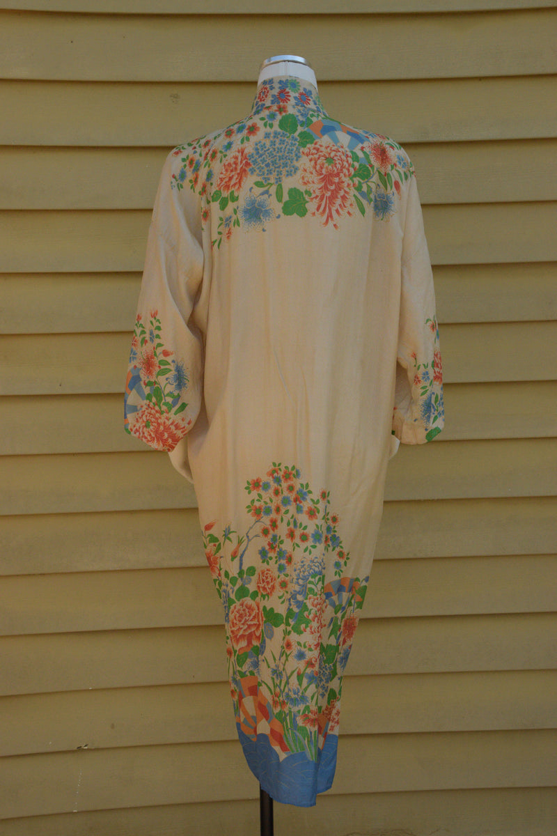 Gorgeous 1920s Pongee Silk Robe with Waves and Deco Sunbursts