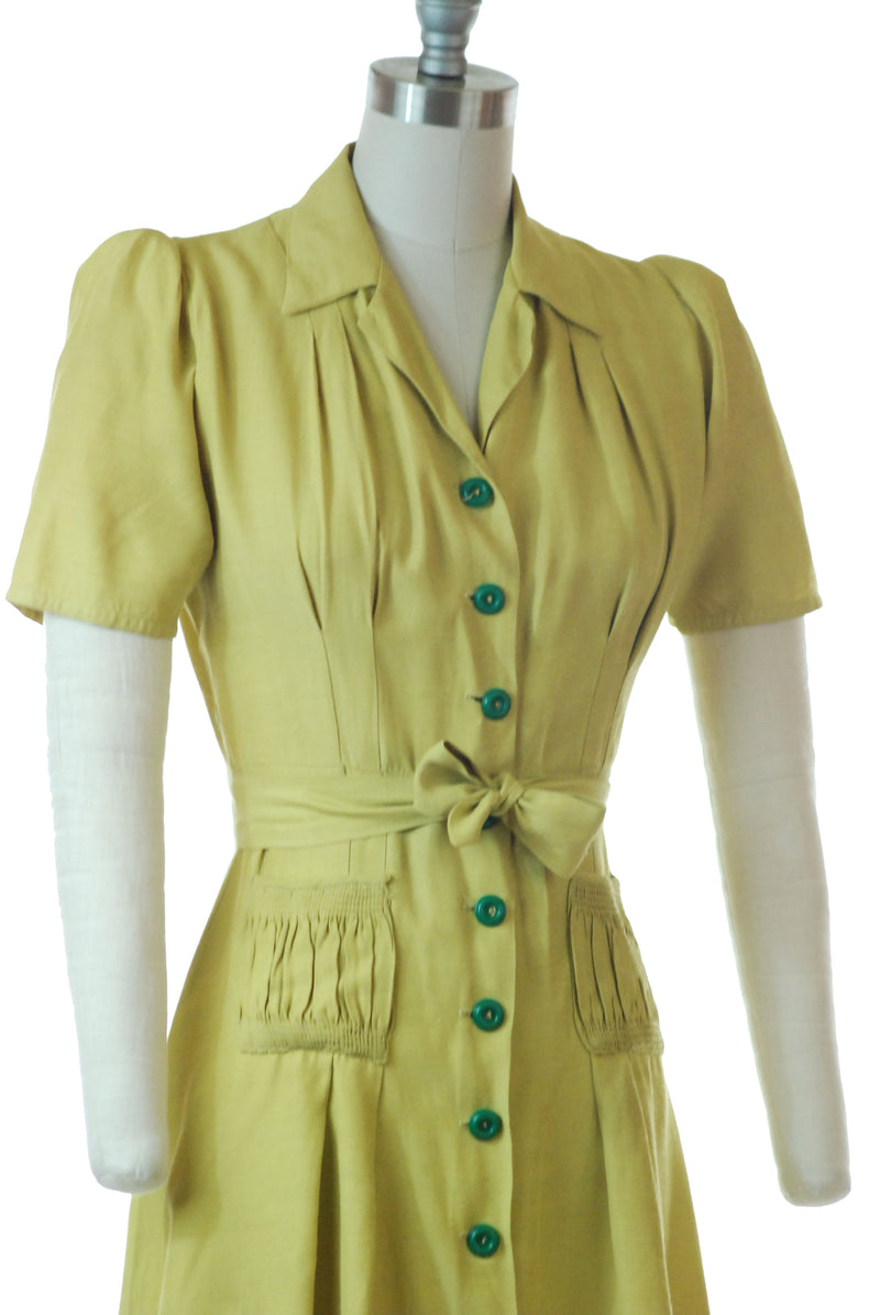 RESERVED ON LAYAWAY Killer Early 1940s Chartreuse Day Dress in Slubbed Rayon As is