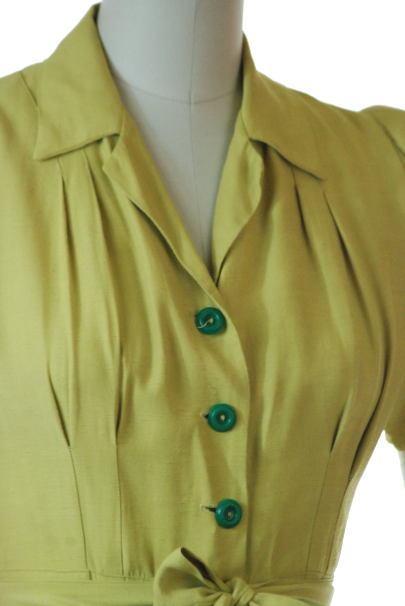 Killer Early 1940s Chartreuse Day Dress in Slubbed Rayon As is