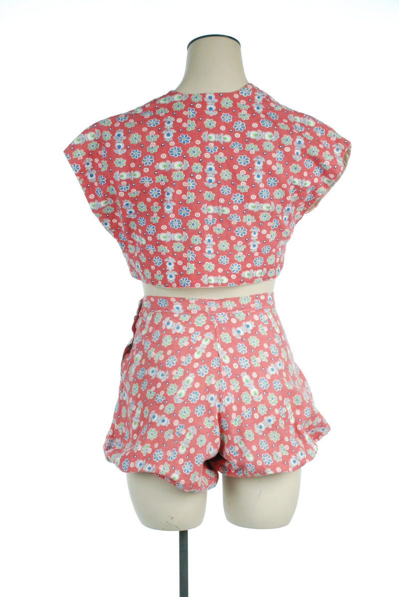 Adorable 1940s Two Piece Summerwear Playsuit Set with Bubble Bottoms and Vest