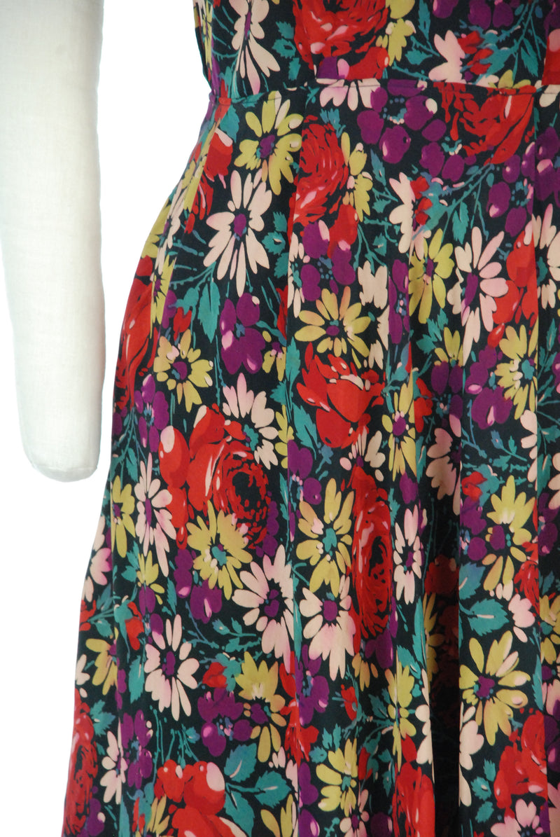 Charming As-Is 1940s Vibrant Silk Floral Rose Print Day Dress